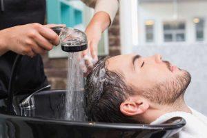 روش صحیح شستن موی سر